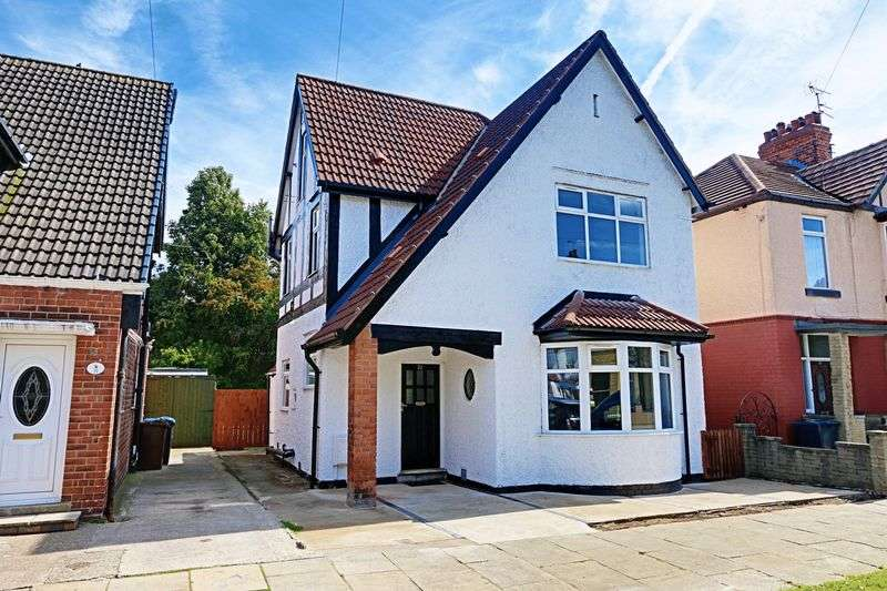 3 Bedrooms Detached House for sale in Hamlyn Avenue, Hull