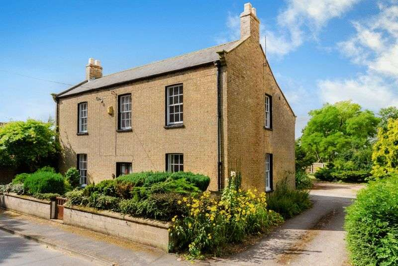 4 Bedrooms Detached House for sale in Firtree Farm, 7 Main Street, Timberland
