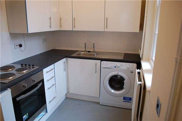 2 Bedrooms Flat for sale in Morland Court, Bath Street, ABINGDON, Oxfordshire, OX14 1EA