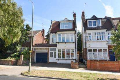 6 Bedrooms Detached House for sale in Nether Street, West Finchley