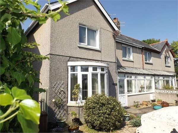 3 Bedrooms Semi Detached House for sale in Embankment Road, Pwllheli, Gwynedd