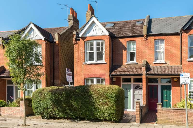 2 Bedrooms Flat for sale in Hartswood Road, Wendell Park, London, W12