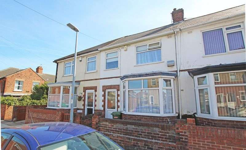 3 Bedrooms Terraced House for sale in ROSEVEARE AVENUE, GRIMSBY
