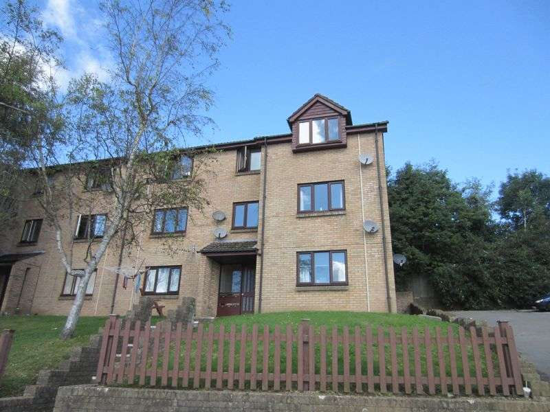 2 Bedrooms Flat for sale in Forest View Fairwater Cardiff CF5 3EL