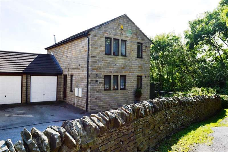 4 Bedrooms Detached House for sale in Halifax Old Road, Huddersfield, HD2 2SL