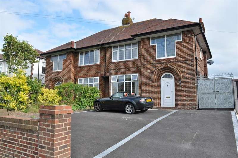 3 Bedrooms Semi Detached House for sale in Newton Drive, Blackpool, FY3 8PY