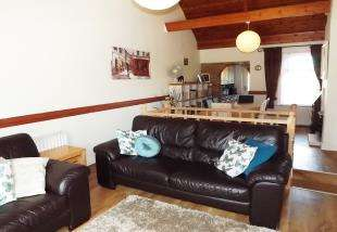 2 Bedrooms Terraced House for sale in Eastwood Cottages, Conyer, Sittingbourne, Kent