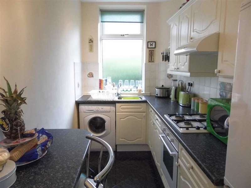 2 Bedrooms Property for sale in 12, Mount Street, Cowlersley, Huddersfield