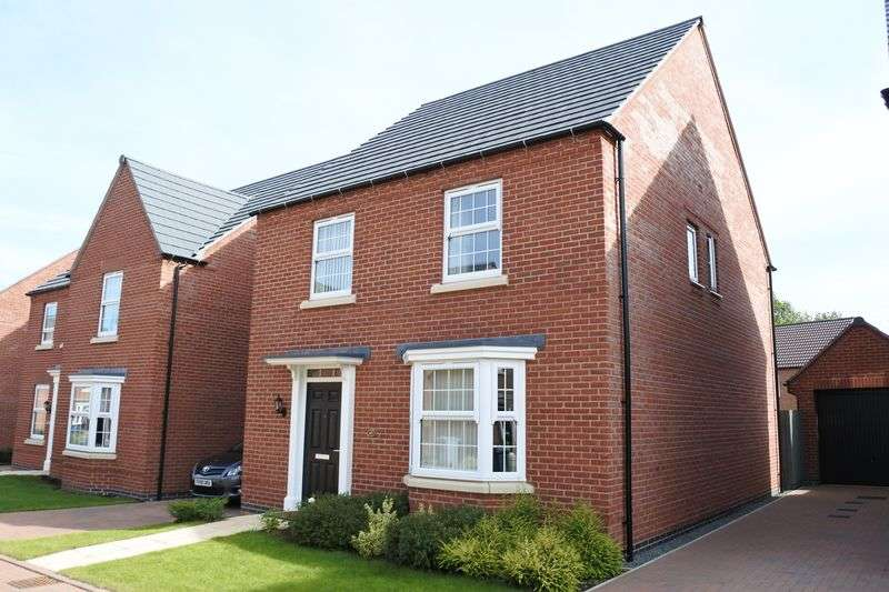 4 Bedrooms Detached House for sale in Knaresborough Drive, Grantham