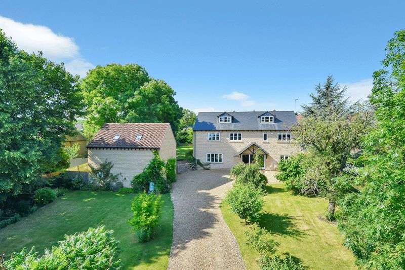 5 Bedrooms Detached House for sale in Kings Cliffe, Peterborough, Cambridgeshire