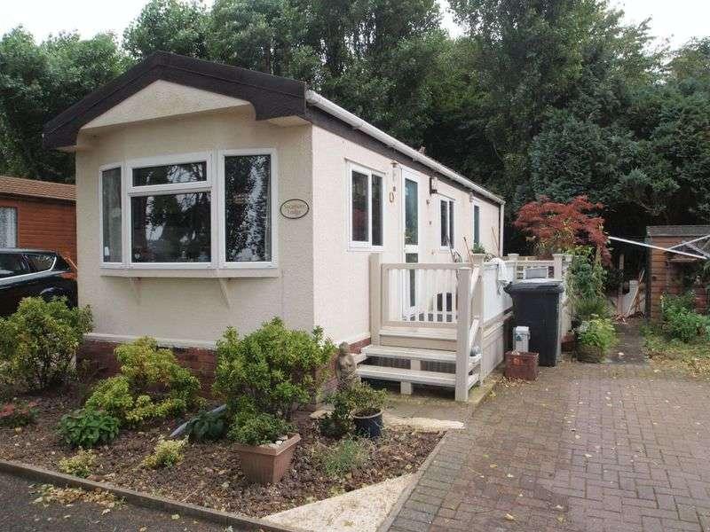 1 Bedroom Detached Bungalow for sale in Wainfleet Bank, Skegness