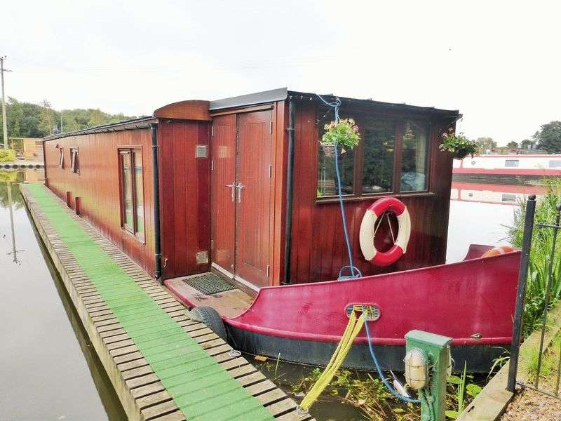1 Bedroom Detached Bungalow for sale in Fettlers Wharf Marina, Station Road, Rufford, Ormskirk