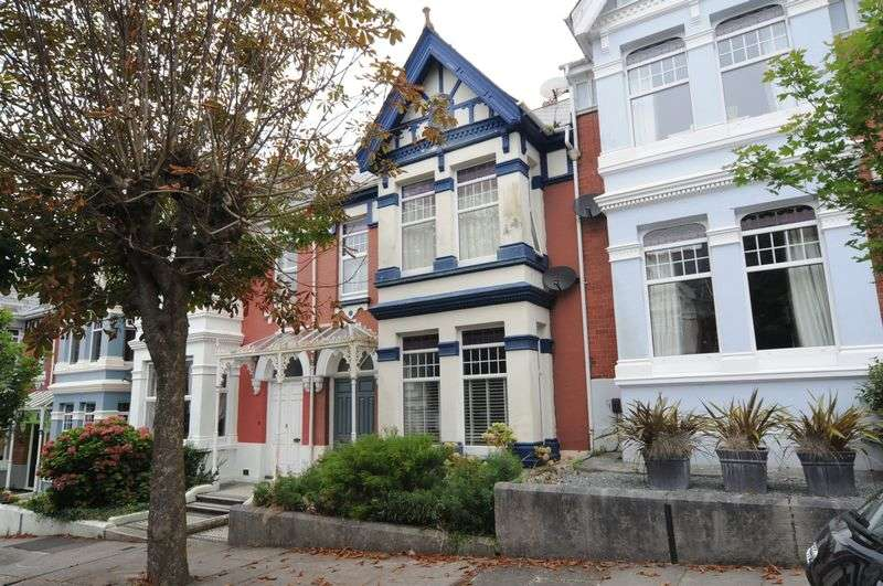 3 Bedrooms Terraced House for sale in Burleigh Park Road, Peverell, Plymouth. A gorgeous 3 bedroomed family home in this excellent tree lined road.