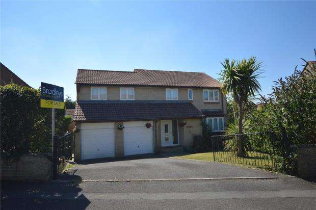 5 Bedrooms Detached House for sale in Compass Drive, Plymouth, Devon