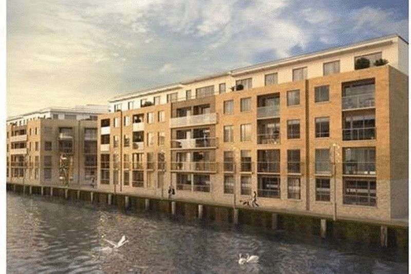 2 Bedrooms Flat for sale in Bywater Square, Canary Gateway, London
