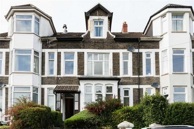 5 Bedrooms Terraced House for sale in Tyfica Road, Pontypridd, Mid Glamorgan