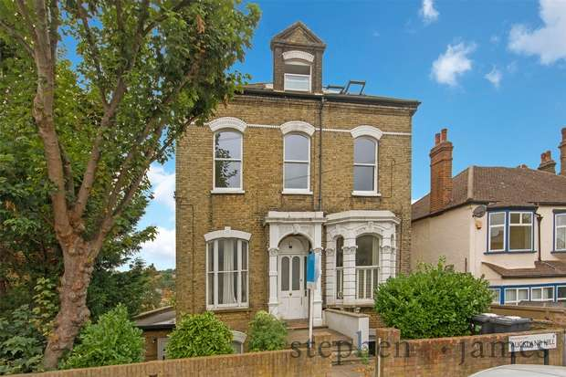 3 Bedrooms Flat for sale in Auckland Hill, West Norwood, London