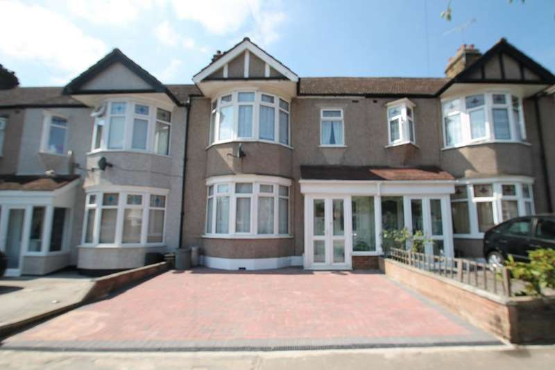 3 Bedrooms Terraced House for sale in BEECH GROVE, HAINAULT