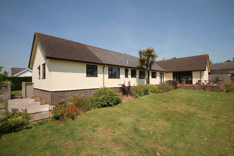 4 Bedrooms Bungalow for sale in 5 Rydon Acres, Stoke Gabriel, Totnes