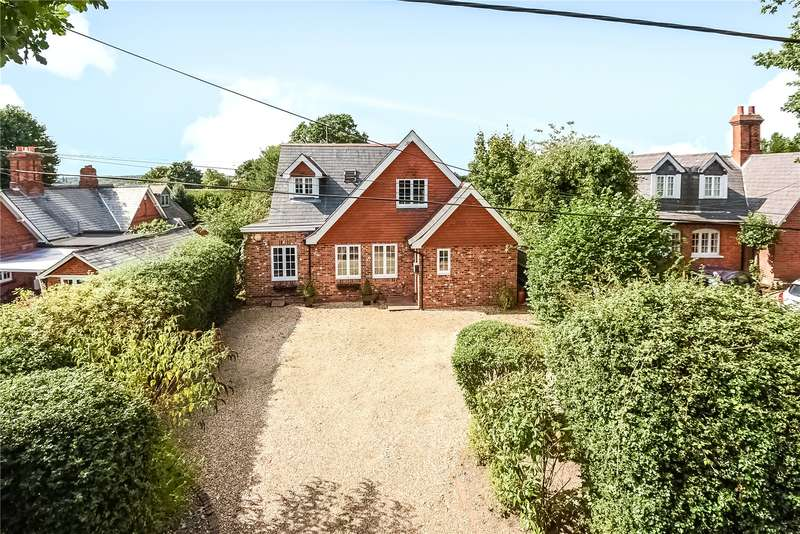 3 Bedrooms Detached House for sale in Cricket Hill, Finchampstead, Wokingham, Berkshire, RG40