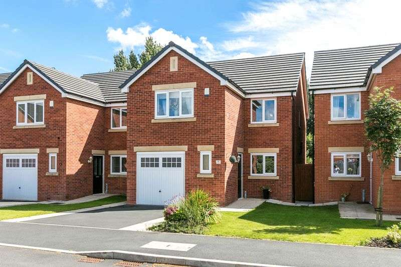 4 Bedrooms Detached House for sale in Almond Pastures, Standish, WN6 0GG