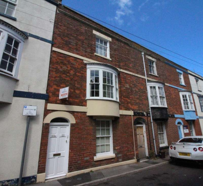 2 Bedrooms Maisonette Flat for sale in Bath Street, Weymouth, DT4 7DS