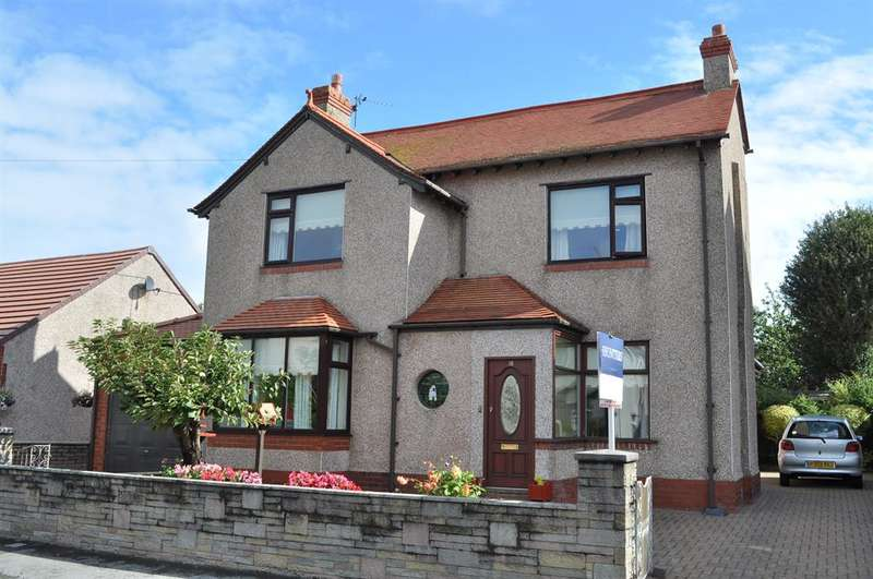4 Bedrooms Detached House for sale in Dronsfield Road, Fleetwood, FY7 7BW