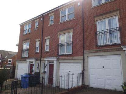 3 Bedrooms Town House for sale in St. Nicholas Place, Milford Street, Derby, Derbyshire