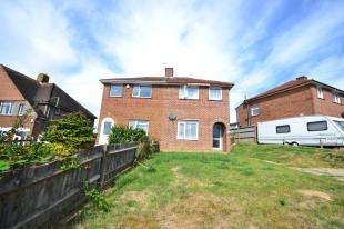 3 Bedrooms Semi Detached House for sale in Parker Road, Hastings, East Sussex