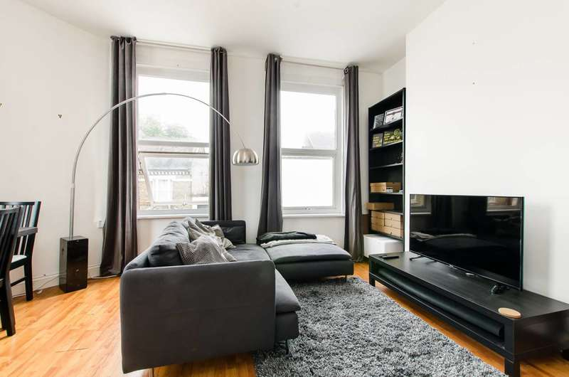 1 Bedroom Flat for sale in Morrish Road, Brixton Hill, SW2