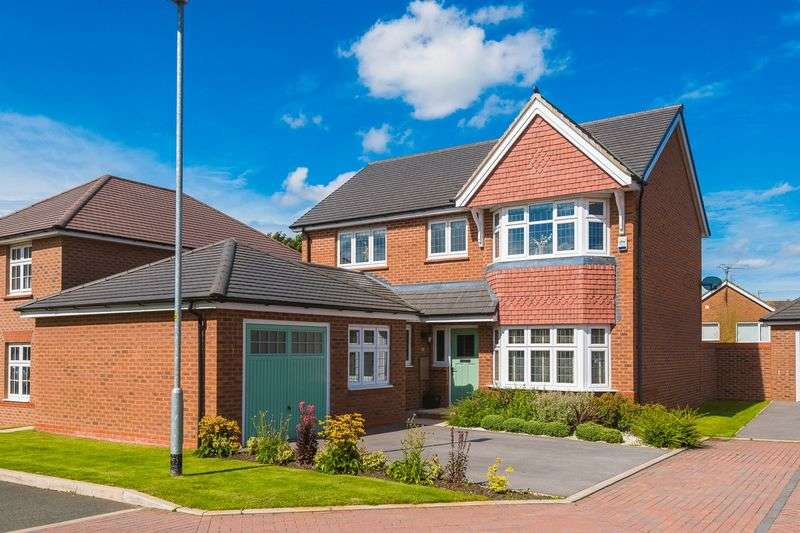 4 Bedrooms Detached House for sale in Stone Yard Close, Ormskirk
