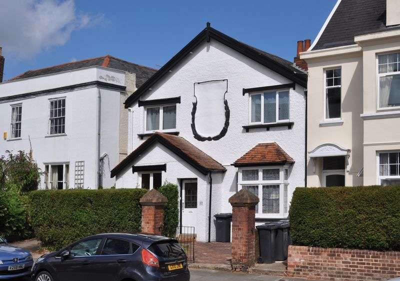 4 Bedrooms House for sale in St Davids, Exeter