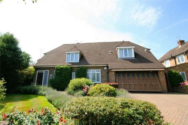 4 Bedrooms Detached House for sale in Goodyers Avenue, RADLETT, Hertfordshire