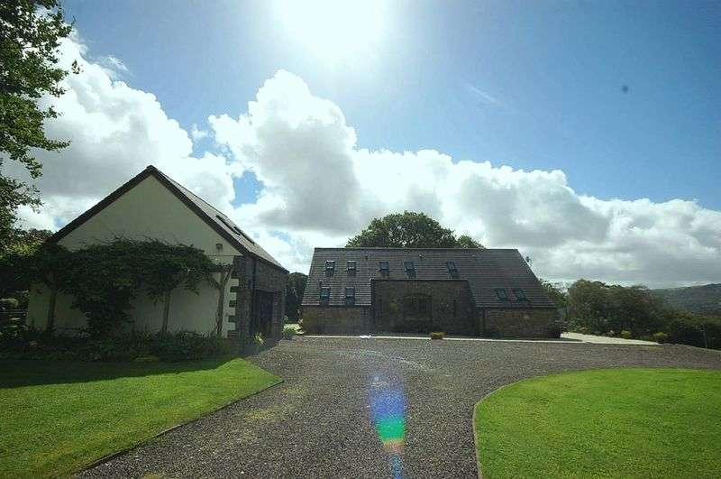 2 Bedrooms Property for sale in Oaktree Barn, Tyn Y Cwm Lane, Rhos, Swansea, SA8 3EY