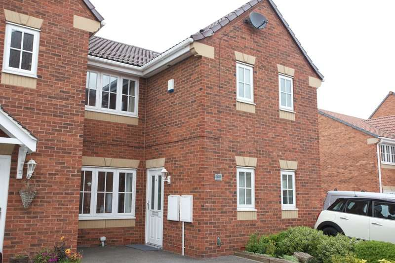 3 Bedrooms Town House for sale in Waterford Place, Normanton, West Yorkshire, WF6