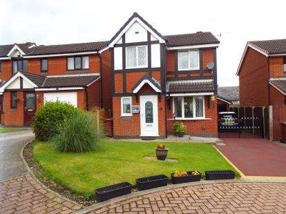 3 Bedrooms Detached House for sale in Arkwright Fold, Livesey, Blackburn, Lancashire
