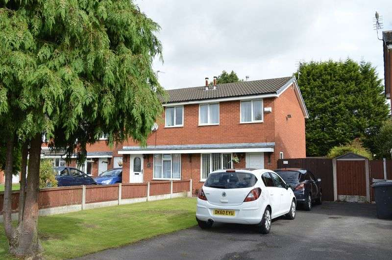 2 Bedrooms Semi Detached House for sale in Beech Road, Golborne, WA3 3DE