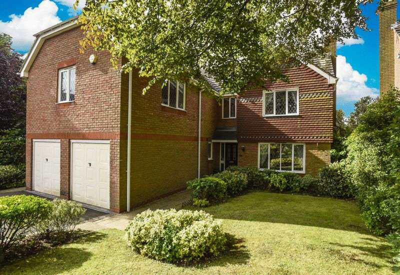 5 Bedrooms Detached House for sale in Thurleigh Close, Pedmore