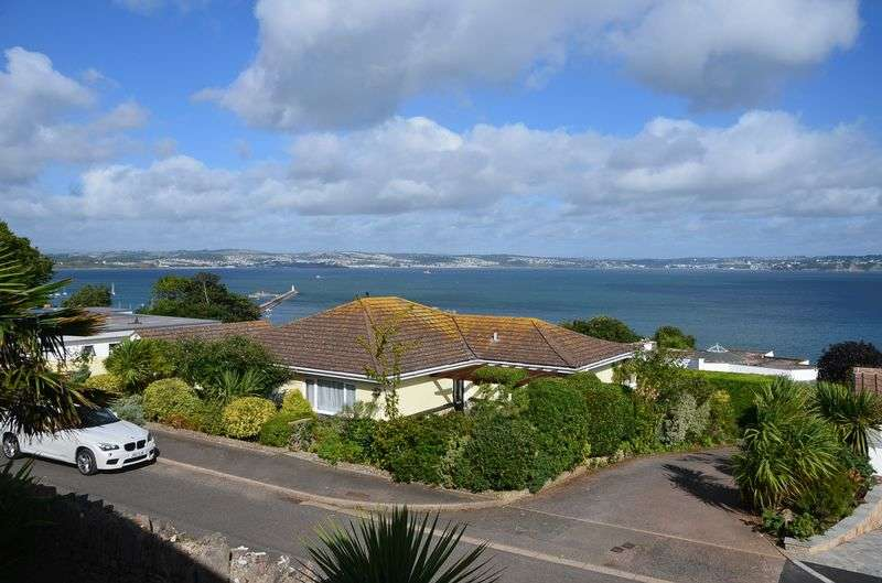 2 Bedrooms Bungalow for sale in LANDS ROAD, BRIXHAM.