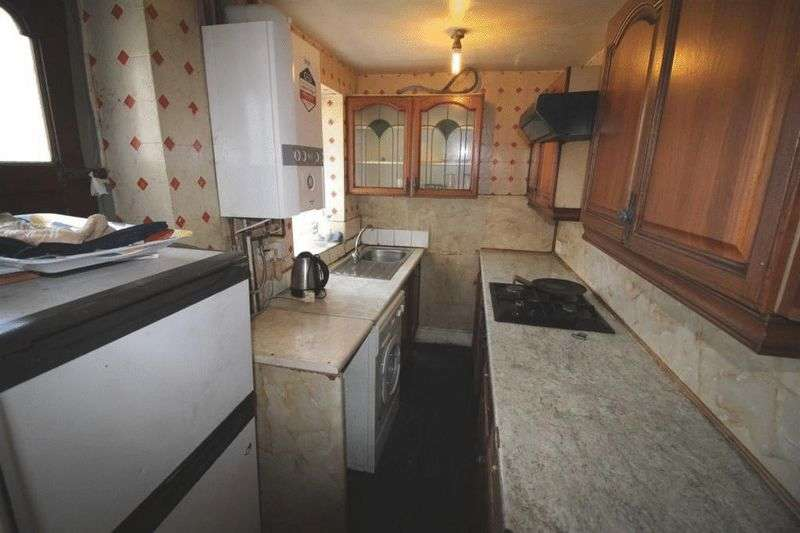 3 Bedrooms Terraced House for sale in Undercliffe Street, BD3 0PH