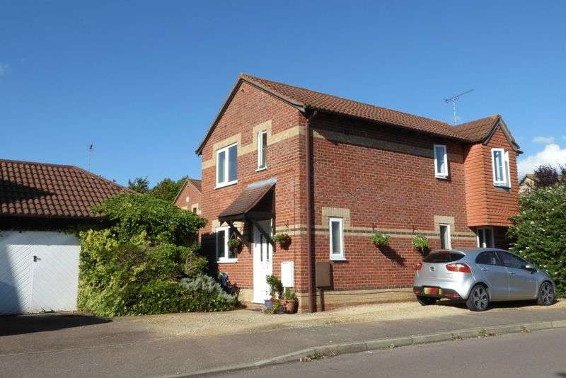 3 Bedrooms Detached House for sale in Spruce Drive, Bicester