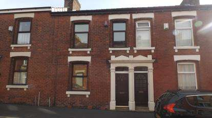 3 Bedrooms Terraced House for sale in Blundell Road, Fulwood, Preston, Lancashire, PR2