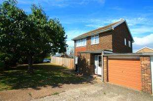 House for sale in Goldsmith Close, Eastbourne, East Sussex
