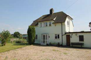 3 Bedrooms Detached House for sale in Downview Road, Petworth, West Sussex