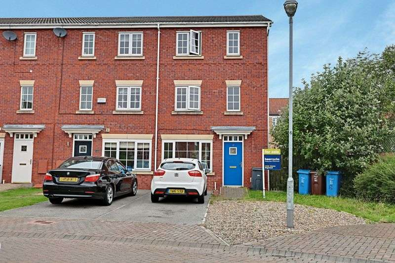 3 Bedrooms Terraced House for sale in The Willows, Hull