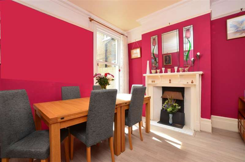 5 Bedrooms Terraced House for sale in West Cliff Road, Broadstairs, Kent