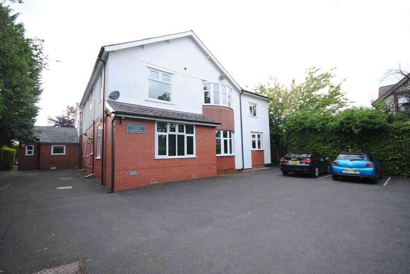 1 Bedroom Apartment Flat for sale in Cop Lane, Penwortham