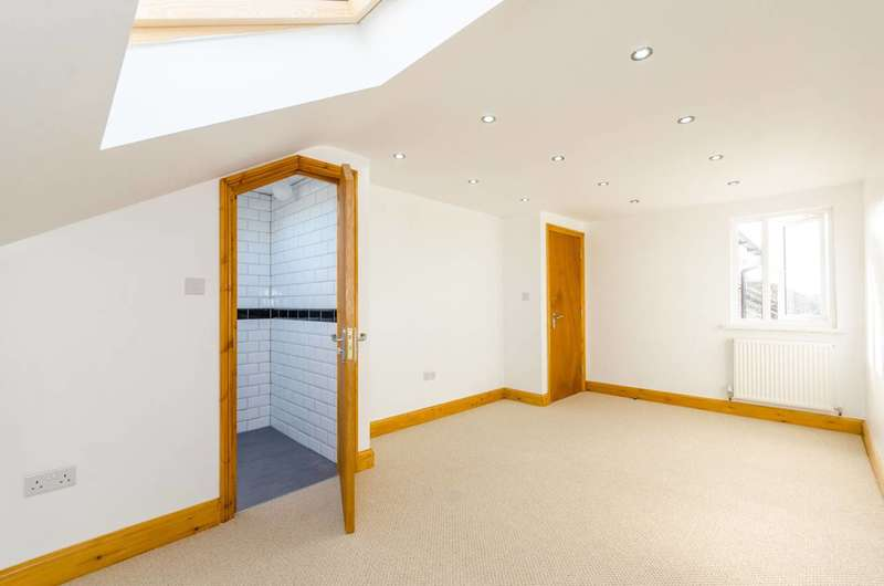 5 Bedrooms House for sale in Wragby Road, Leytonstone, E11