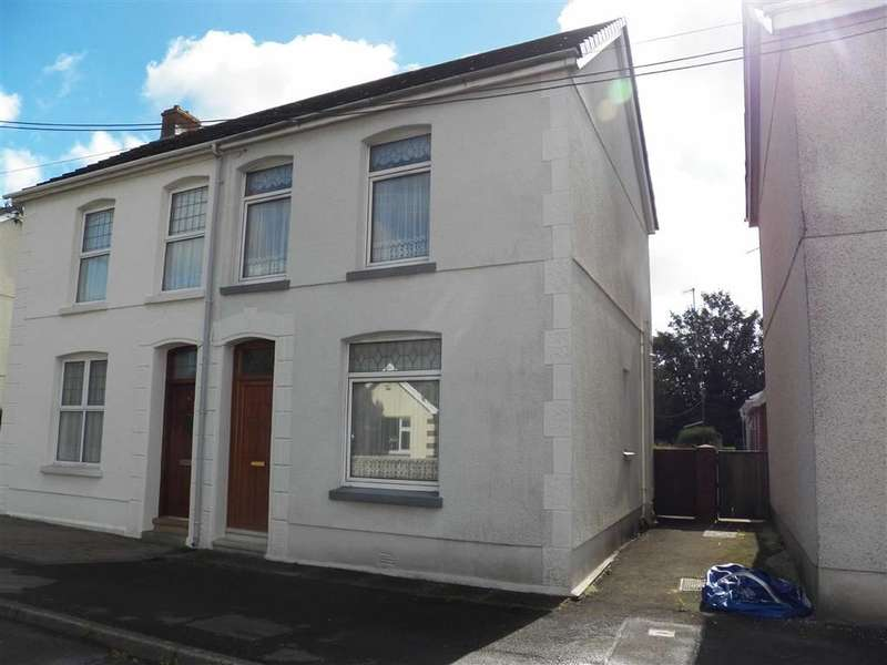3 Bedrooms Property for sale in Berwick Road, Bynea, Llanelli