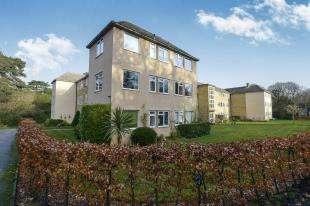 2 Bedrooms Flat for sale in Inglewood, Kemnal Road, Chislehurst, Kent